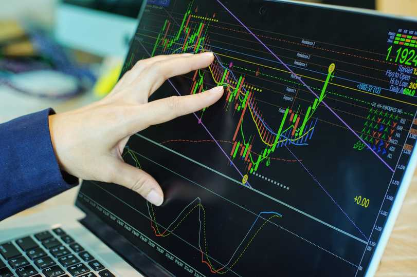 GPN: 3 Top Growth Stocks with Strong Technical Support