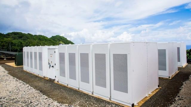 Tesla batteries could serve as back up for MA wind farm
